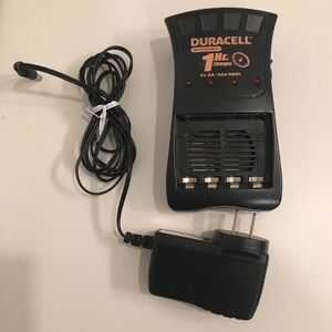 Duracell 1 Hour AA, AAA Battery Charger